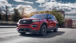 Ford Explorer Rot 3/4 Frontansicht Fahrszene